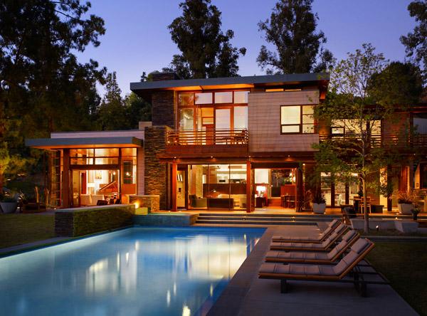 Съвременна и стилна резиденция